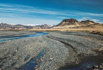Eindeloze vlakte, IJslands landschap, IJsland van simone opdam