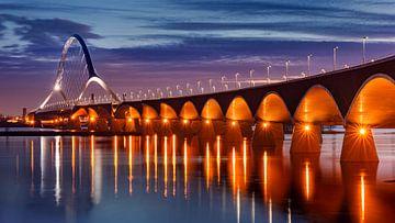 De Oversteek, Nijmegen van Adelheid Smitt