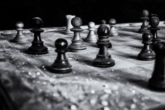 Verlaten plaats - Chess van Carina Buchspies
