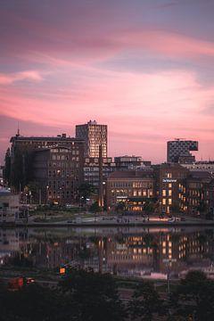 Coolhaven Rotterdam Roze Zonsondergang van vedar cvetanovic