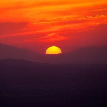 Zonsondergang Mallorca van Frank Peters