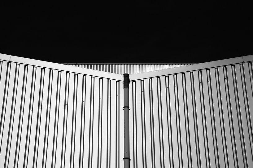 Stalen platen gebouw vormen van Jan Brons