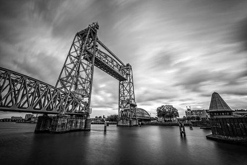 De Hef (Koningshavenbrug) in Rotterdam van Mark De Rooij