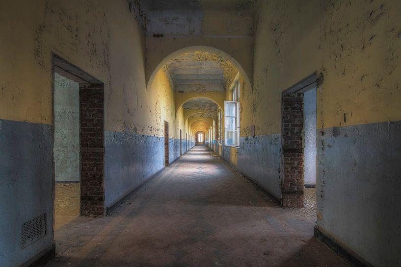 Prison Eleven van Truus Nijland