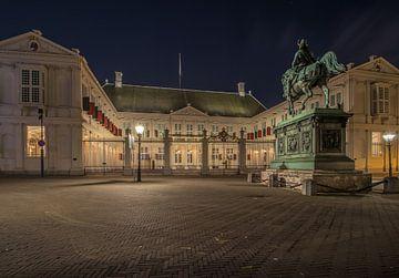Noordeinde Palace in der Nacht von Patrick Löbler