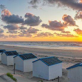 Sonnenuntergang am Strand von de Koog auf Texel von Justin Sinner Pictures ( Fotograaf op Texel)