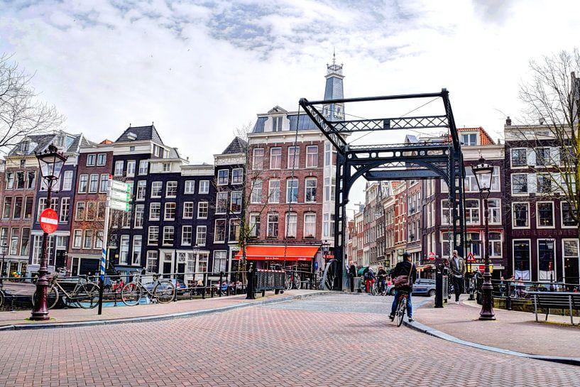 Aluminiumbrug op de Kloveniersburgwal van Hendrik-Jan Kornelis