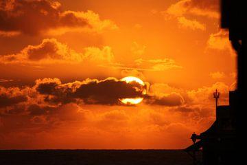 Sunset Katwijk aan Zee von O uwehand
