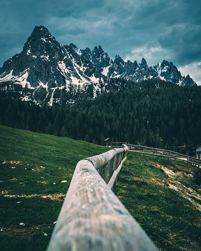 Leading to the peaks van