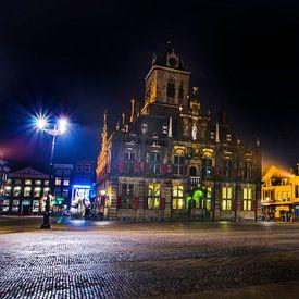 Delft | Stadhuis bij nacht van Ricardo Bouman | Fotografie