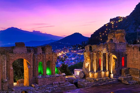Grieks Theater  Taormina Sicilië van Niels  de Vries
