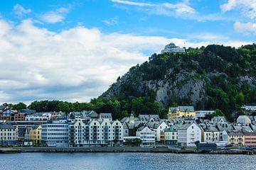 Blick auf die Stadt Alesund in Norwegen von Rico Ködder