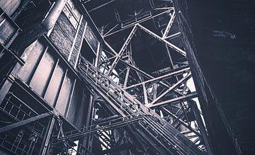 Treppe zum Hochofen - Landschaftspark Duisburg Nord - Stahlwerk, Zeche und Hüttenwerk im Ruhrpott! von Jakob Baranowski - Off World Jack