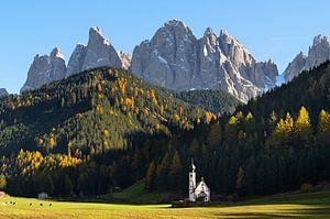 Die Kirche und der Berg