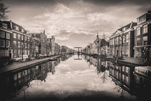 Leiden ochtend, zwartwit van