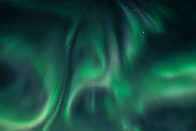 Polarlicht (Aurora Borealis) - Lady Aurora tanzt von Martin Boshuisen - More ART In Nature Photography