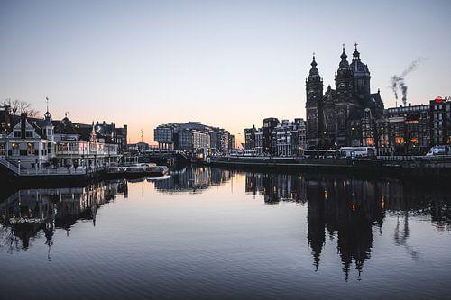 Amsterdam at sunrise van