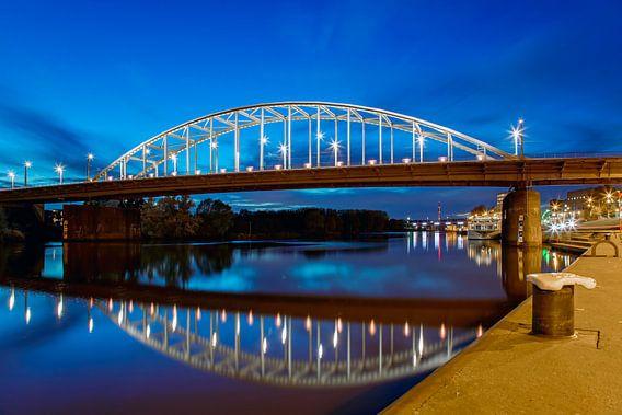Arnhem, John Frostbrug nachtfoto