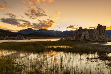 Mono Lake bei Sonnenuntergang, Kalifornien, USA, von Markus Lange