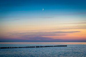 Mond und Ostsee