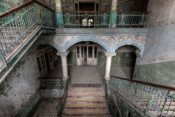 Escalier dans les planchers