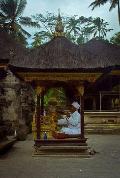 Praying Guy van BL Photography