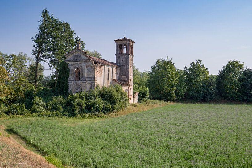Verlaten kerkje in Italie van Kristof Ven