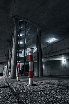 verlaten parkeergarage willemswerf, rotterdam van vedar cvetanovic