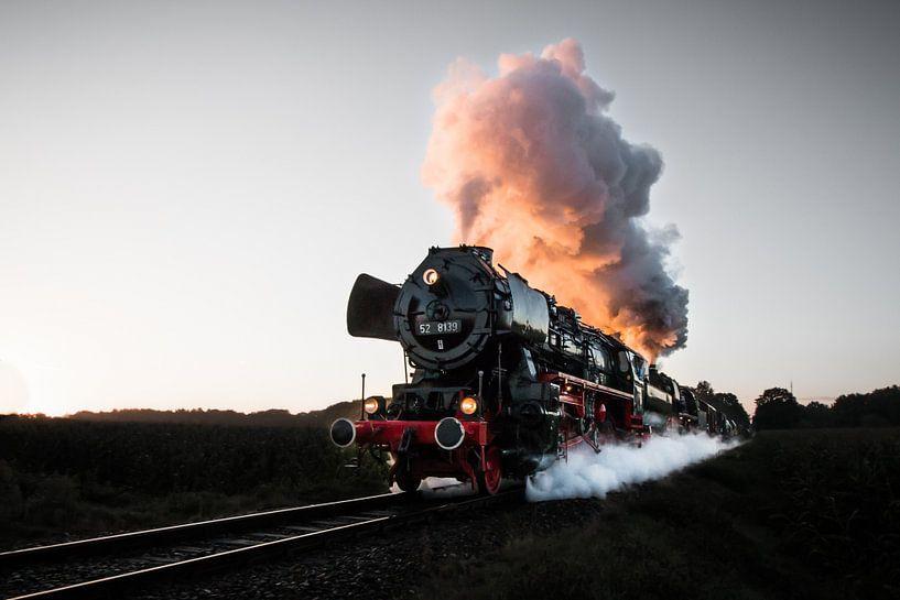 A train at full speed von Marcel Keurhorst