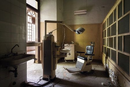 Verlassene Zahnärzte Büro.