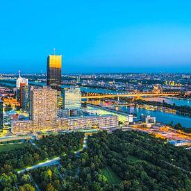 VIENNA 02 - Donaustad van Tom Uhlenberg