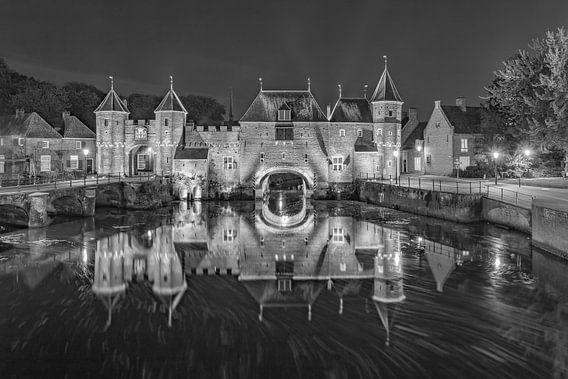 De Koppelpoort in Amersfoort in de avond - 11 van Tux Photography