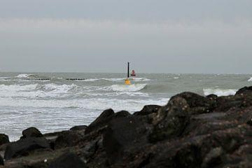 Stormachtige dag aan zee van Wendy Hilberath