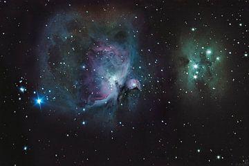Orion Nebula & Running Man van Martin Simmons