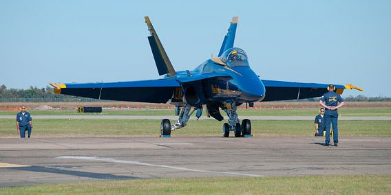 Blue Angel team stapt in F/A-18 Hornet