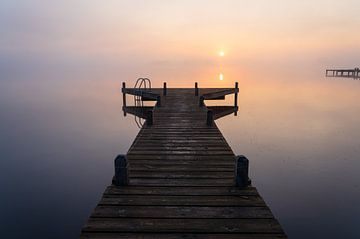Ruhiger Sonnenaufgang von Sander van der Werf