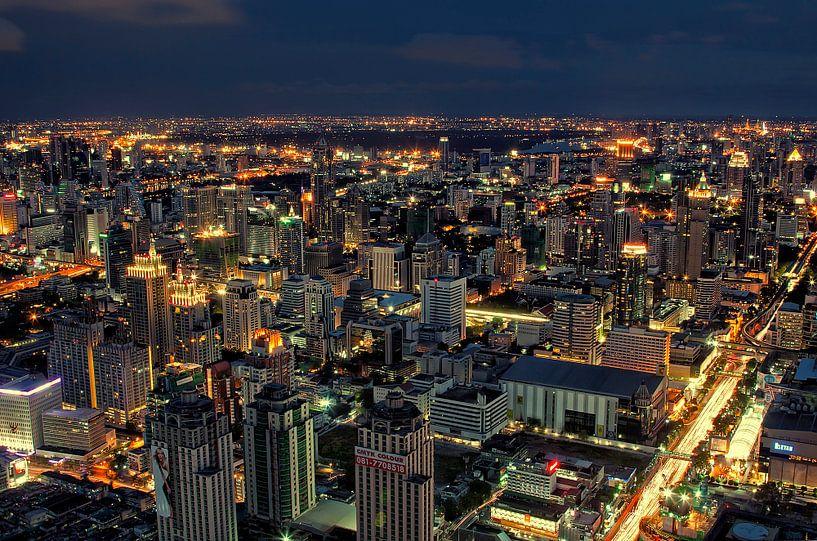 Bangkok bij nacht van Jaap van Lenthe