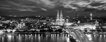 Köln bei Nacht von Günter Albers