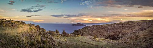 Zonsondergang boven het Titicacameer, Peru