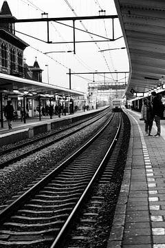 Station Delft perron 2 in 2015 van Mariska van Vondelen