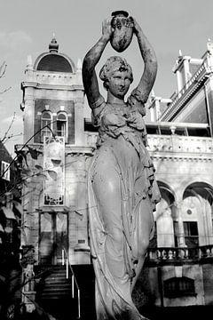 Vondelpark Amsterdam Statue von Marianna Pobedimova