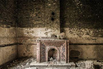 Altersschwacher Kamin von Ans Bastiaanssen