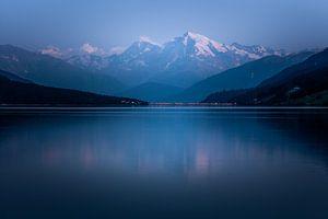 Ortler am Reschensee in avondlicht van Erwin Stevens