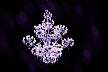 kroonluchter lila van joyce kool