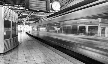 Station Brussel-Zuid von Bas van Rooij