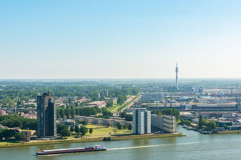 Stad Rotterdam vanaf de Euromast. van Brian Morgan