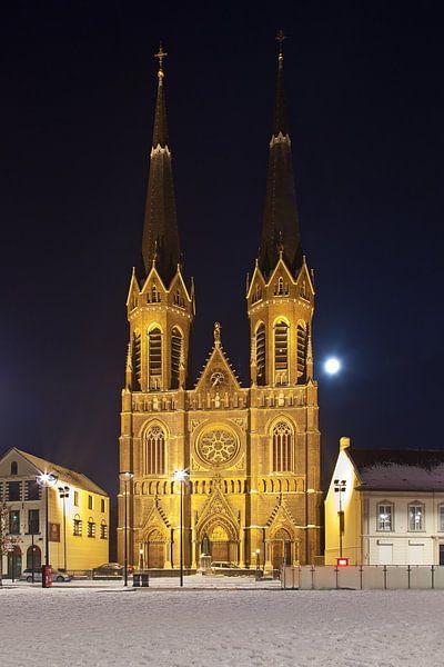 Nachtfoto  St. Jozefkerk te Tilburg van Anton de Zeeuw