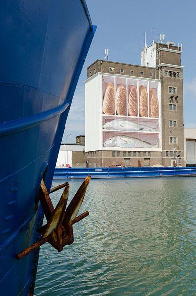 """Brood en vis"" silo Breskens van Mark Bolijn"