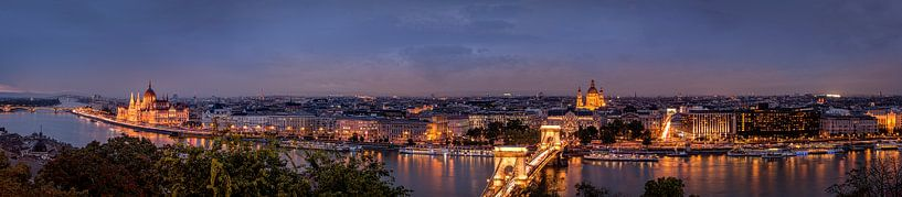 Panoramazicht van Budapest van Sandra Kuijpers