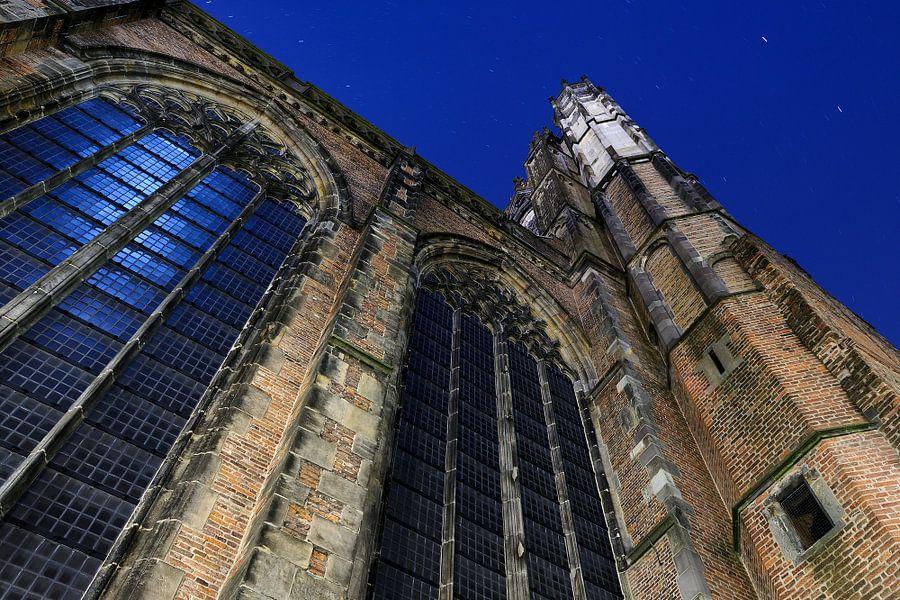 Het dwarsschip van de Domkerk in Utrecht van Donker Utrecht